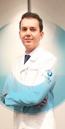 Dr Rodrigo Versiani